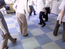 ブレインジムトレーングのクロスクローズダンス