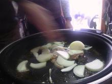 合鴨とたまねぎの炒め物
