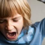 発達障がいの困り感の原因である原始反射を保持している場合の反応イメージ画像